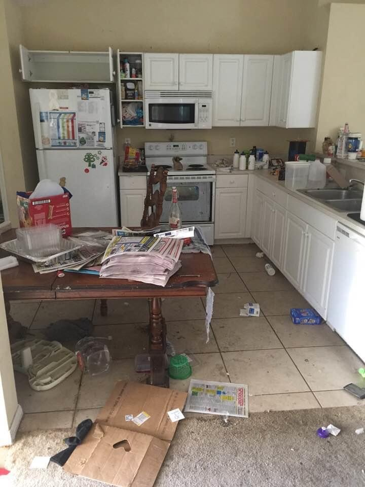 dirty houses of roaches in jupiter